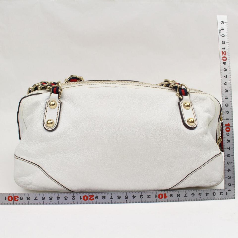 6184c2a78baf Gucci Boston Princy Chain 867441 White Leather Shoulder Bag at 1stdibs