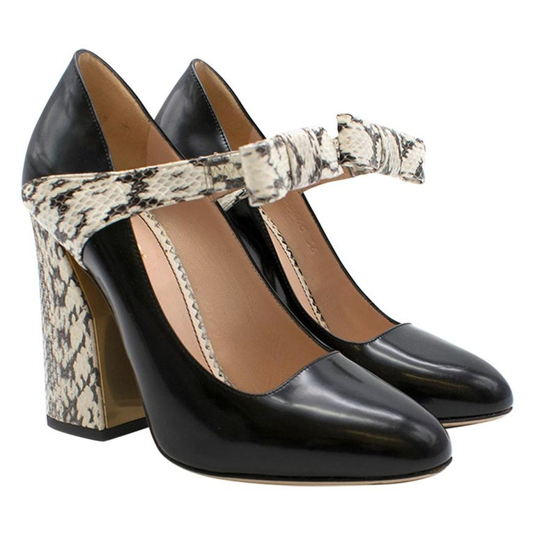 Gucci Bow-Embellished Elaphe & Leather Sandals 36 For Sale
