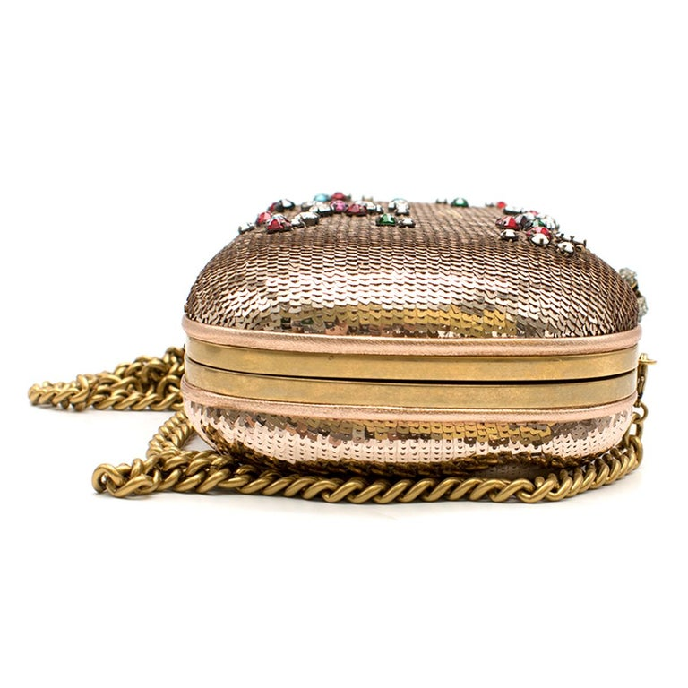 Gucci Broadway Gold Sequin Embroidered Clutch  In Good Condition For Sale In London, GB