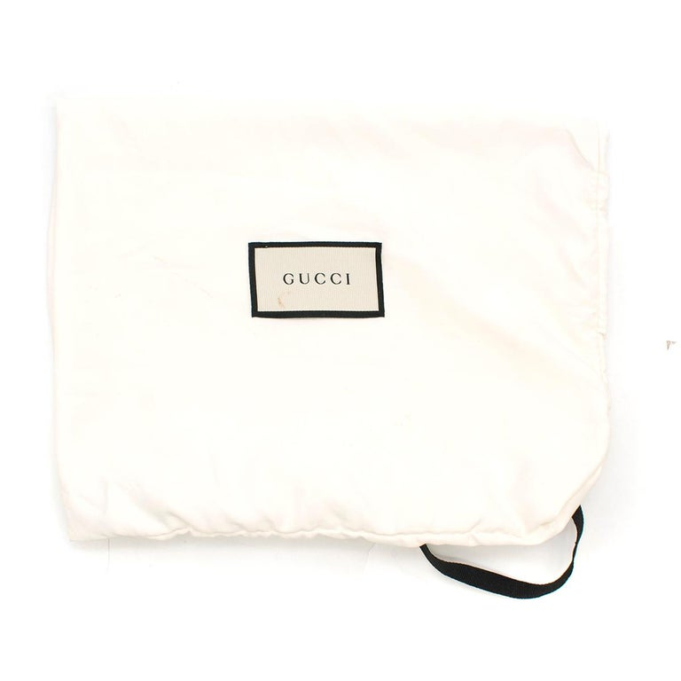 Gucci Broadway Gold Sequin Embroidered Clutch  For Sale 5
