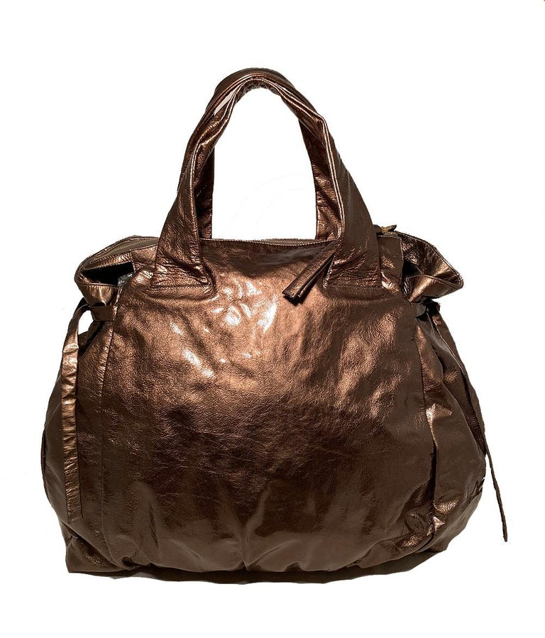 Gucci Bronze Patent Leather Hysteria Bag In Excellent Condition For Sale In Philadelphia, PA