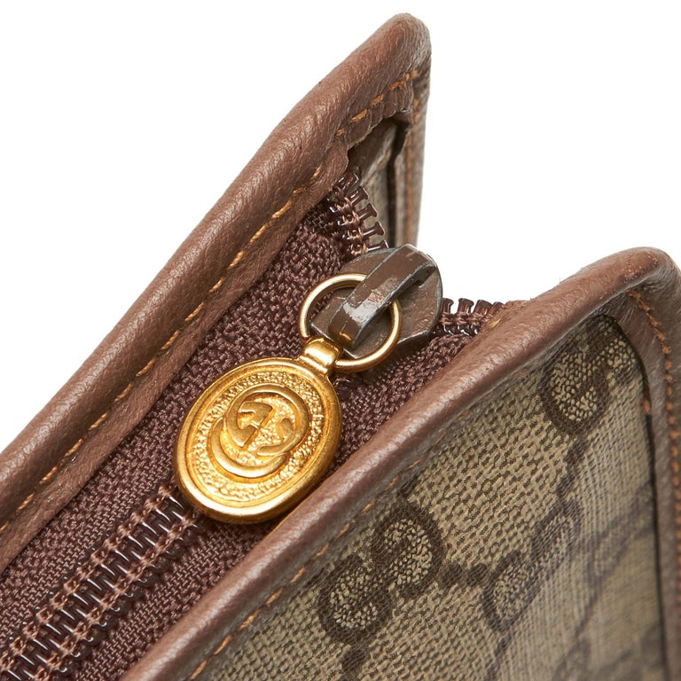 Gucci Brown GG Clutch Bag at 1stdibs