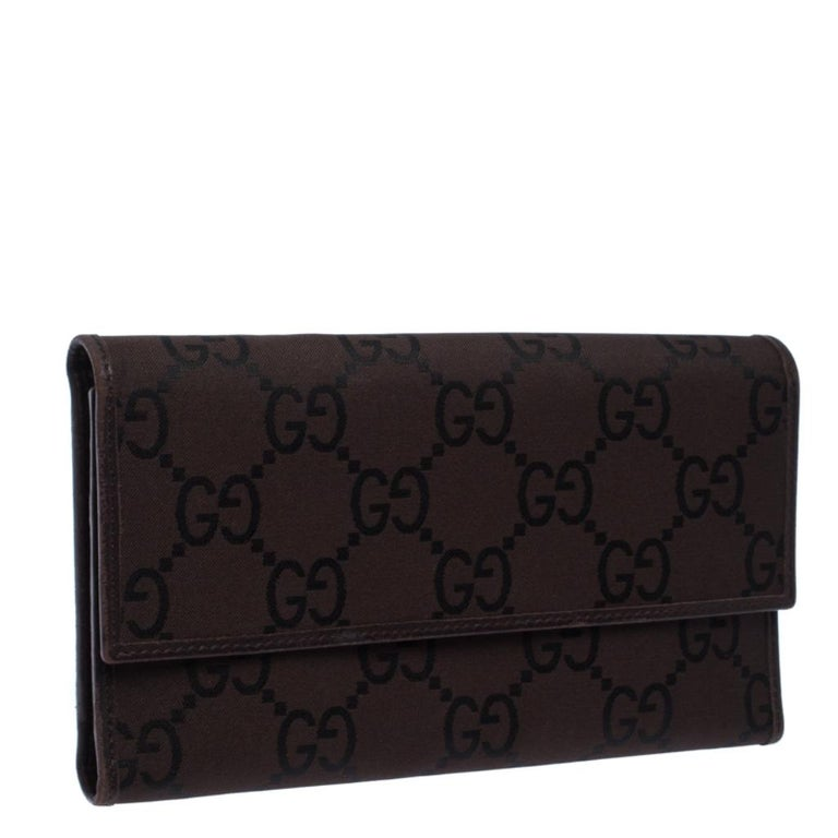 Black Gucci Brown GG Fabric Continental Wallet For Sale