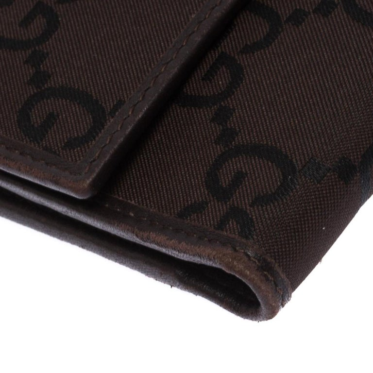 Gucci Brown GG Fabric Continental Wallet For Sale 4