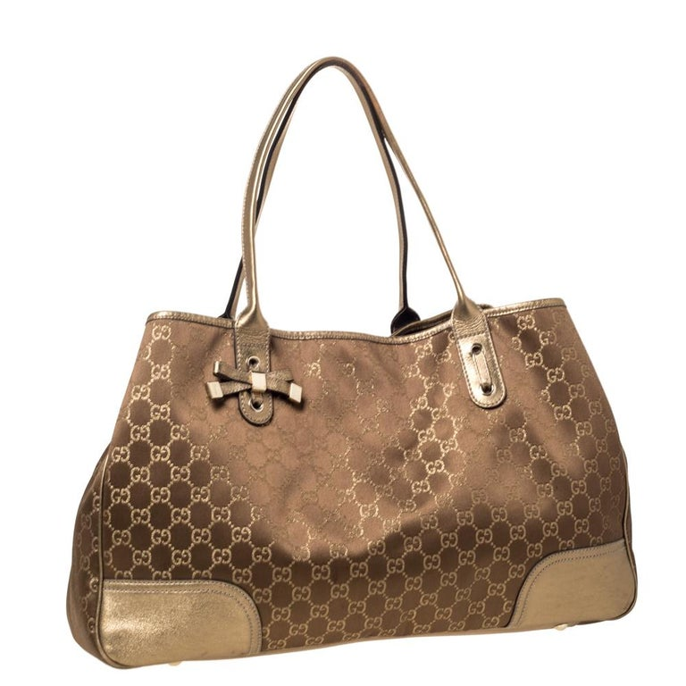 Women's Gucci Brown/Gold GG Fabric and Leather Large Princy Tote For Sale