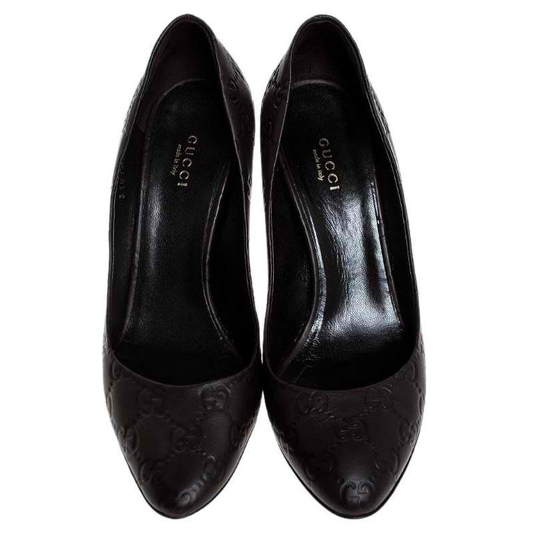 Gucci Brown Guccissima Leather Horse-Bit Heel Round Toe Pumps Size 39 In Good Condition For Sale In Dubai, Al Qouz 2