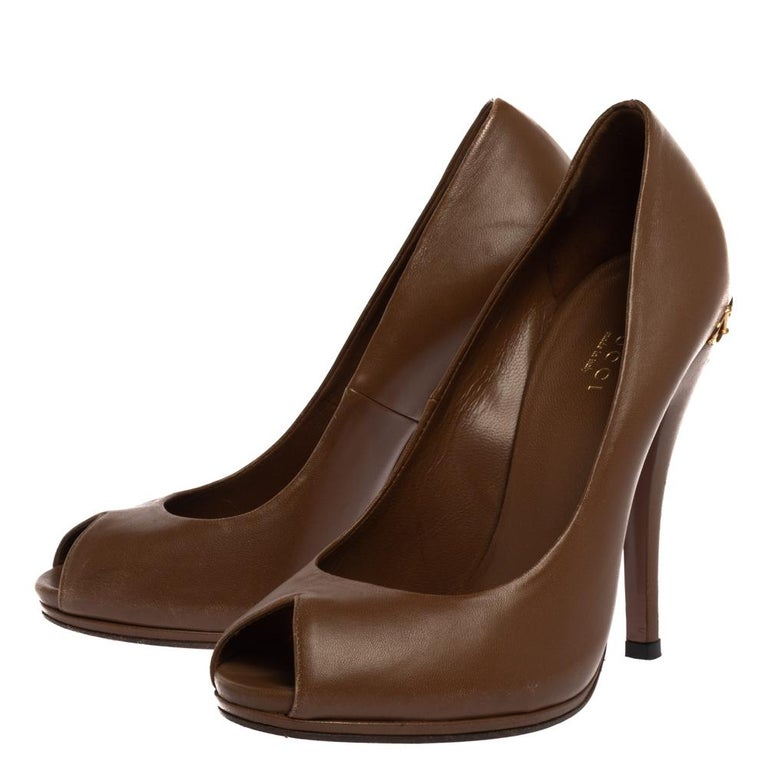 Gucci Brown Leather Elizabeth Peep Toe Pumps Size 37 For Sale 1