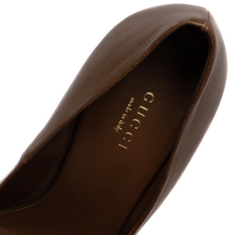 Gucci Brown Leather Elizabeth Peep Toe Pumps Size 37 For Sale 2