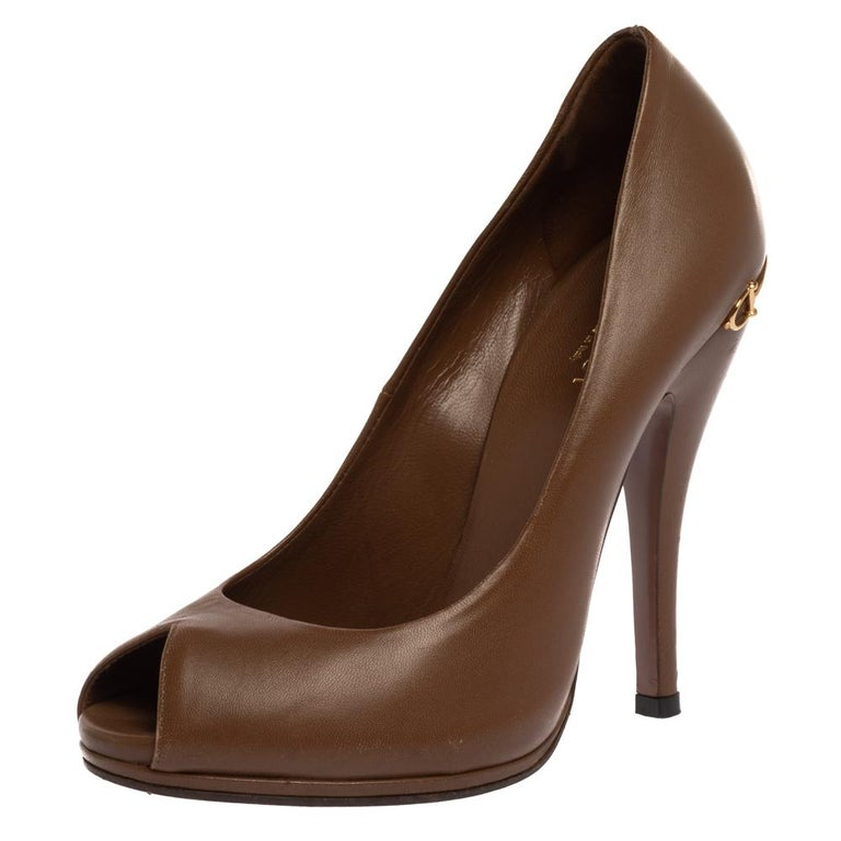 Gucci Brown Leather Elizabeth Peep Toe Pumps Size 37 For Sale 3