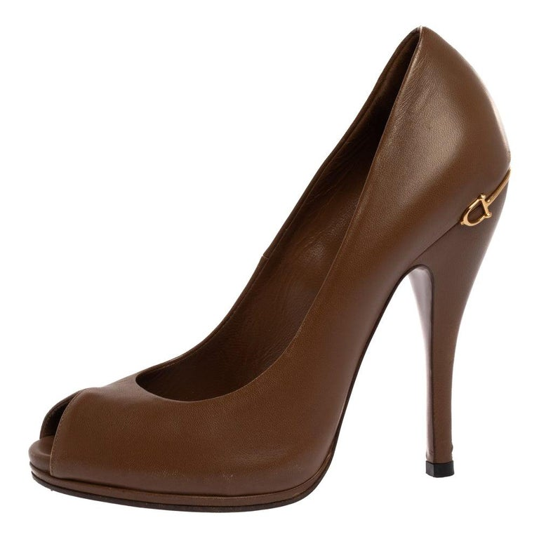 Gucci Brown Leather Elizabeth Peep Toe Pumps Size 37 For Sale