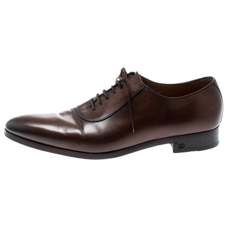 20827f05b Gucci Brown Leather Lace Up Oxfords Size 44.5 For Sale at 1stdibs