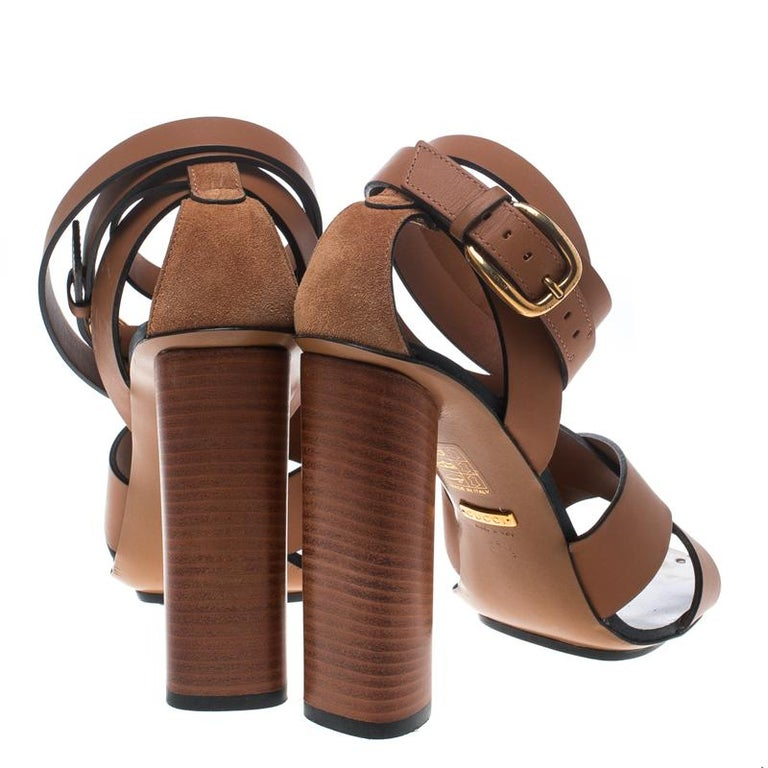 586235cee Gucci Brown Leather Strappy Sandals Size 37.5 In Good Condition For Sale In  Dubai, Al