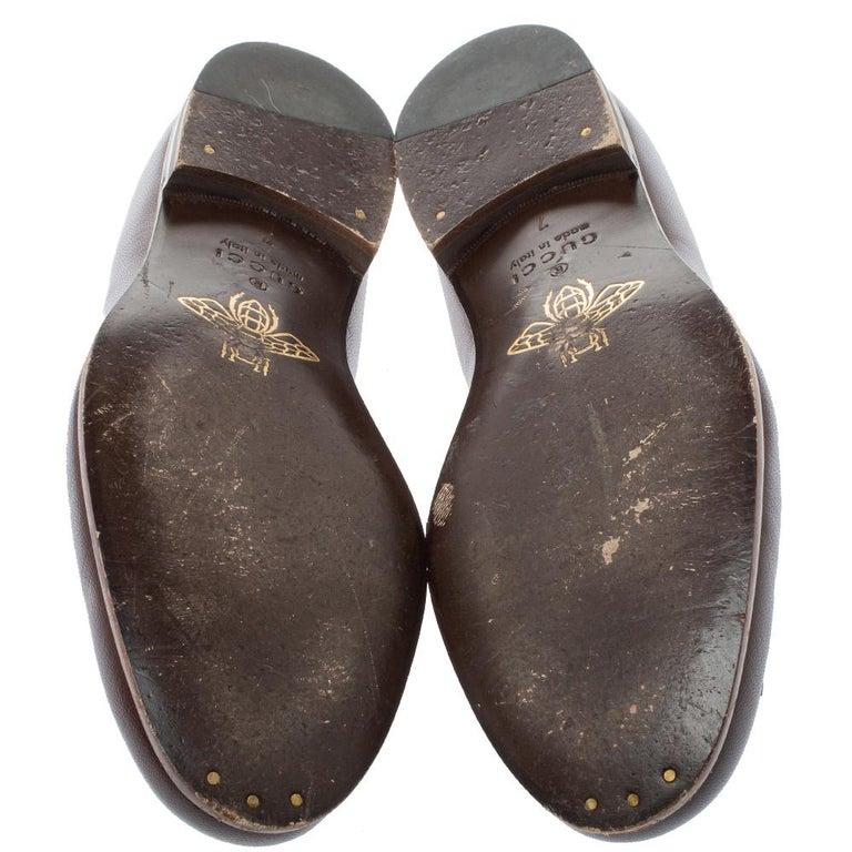 Gucci Brown Leather Tassel Loafers Size 41 In Good Condition For Sale In Dubai, Al Qouz 2