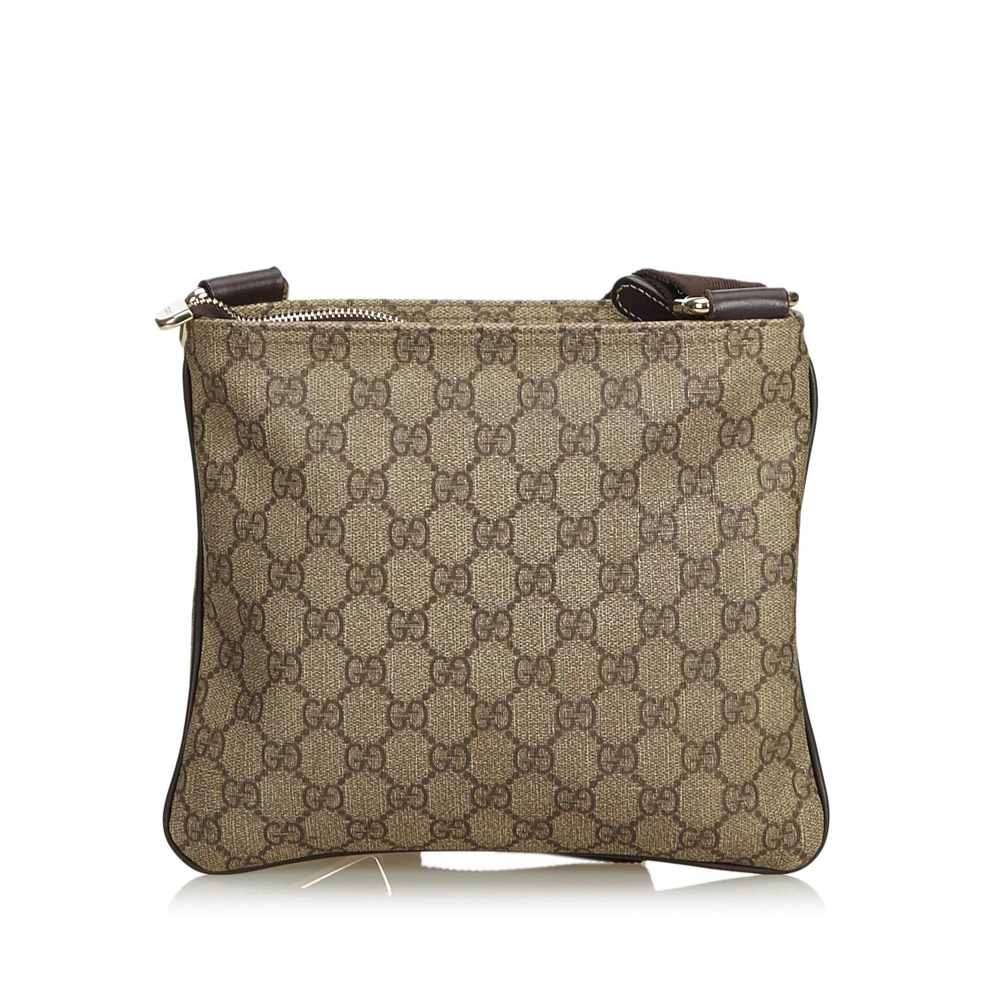 8c238953d Gucci Brown Light Brown Coated Canvas Fabric GG Supreme Crossbody Bag Italy  at 1stdibs