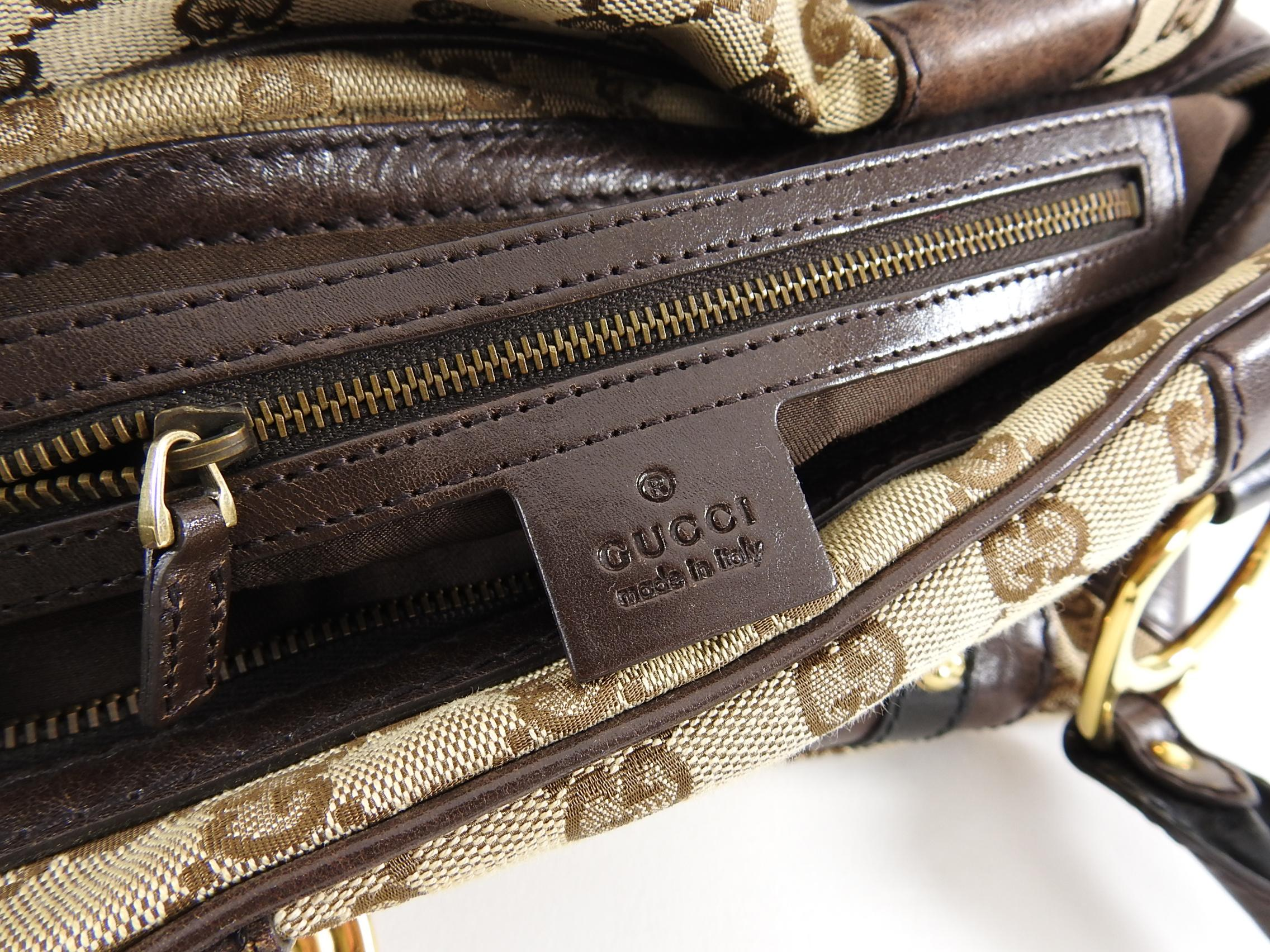 e8801ab4001a Gucci Brown Monogram Canvas Boston Doctor Bag with Logo at 1stdibs
