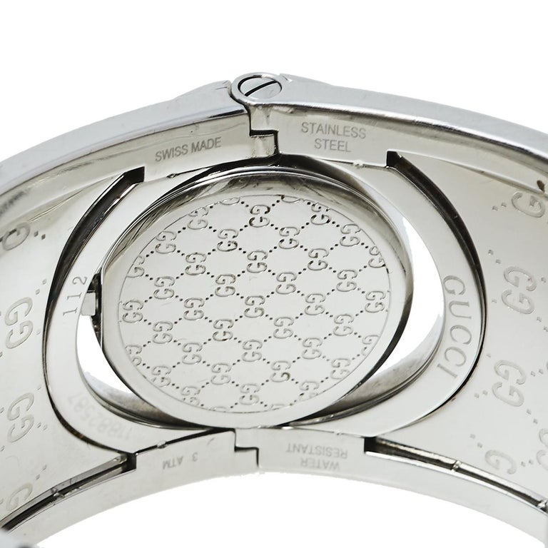 Contemporary Gucci Brown Stainless Steel GG Canvas Twirl YA112425 Women's Wristwatch 33 mm For Sale