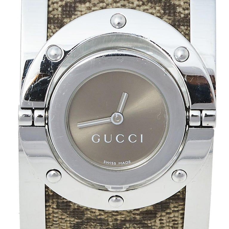 Gucci Brown Stainless Steel GG Canvas Twirl YA112425 Women's Wristwatch 33 mm For Sale 2