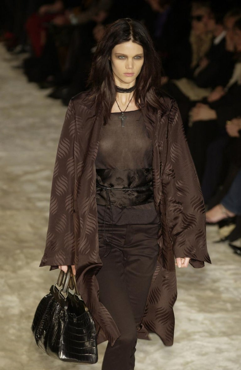 Gucci by Tom Ford black silk oversized pant suit with Obi belt, fw 2002  In Excellent Condition For Sale In London, GB