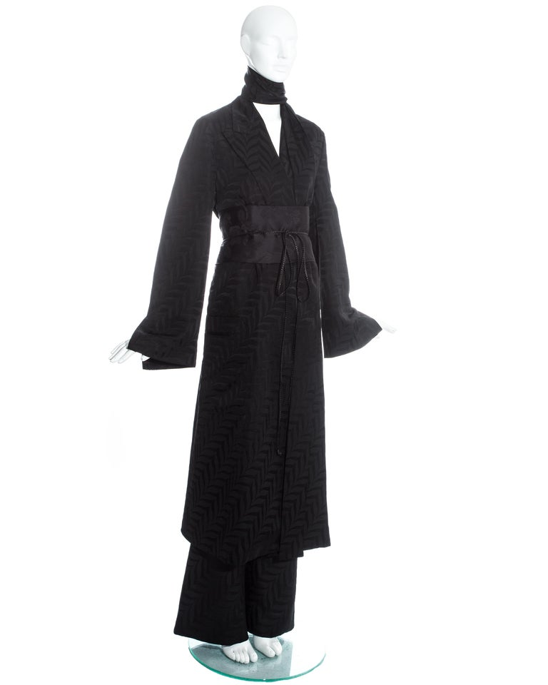 Gucci by Tom Ford black silk oversized pant suit with Obi belt, fw 2002  For Sale 3
