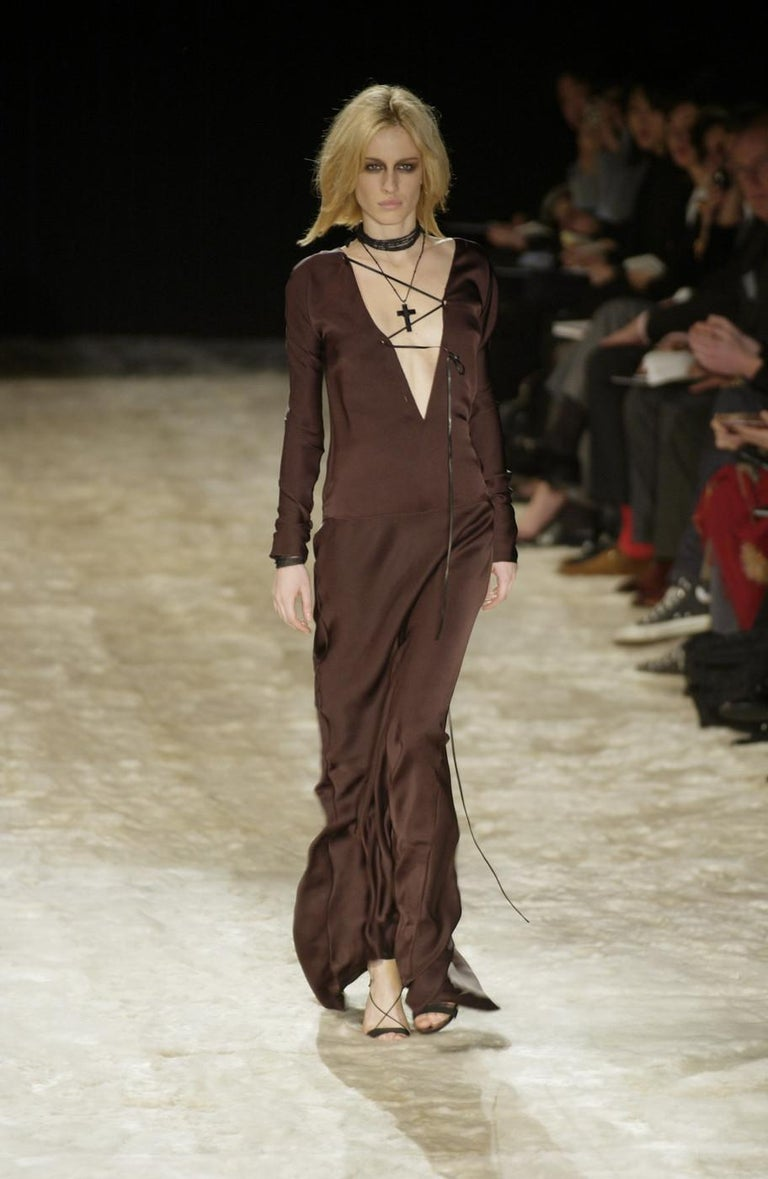 Gucci by Tom Ford brown silk evening dress with leather lace up, A/W 2002 In Good Condition For Sale In London, GB