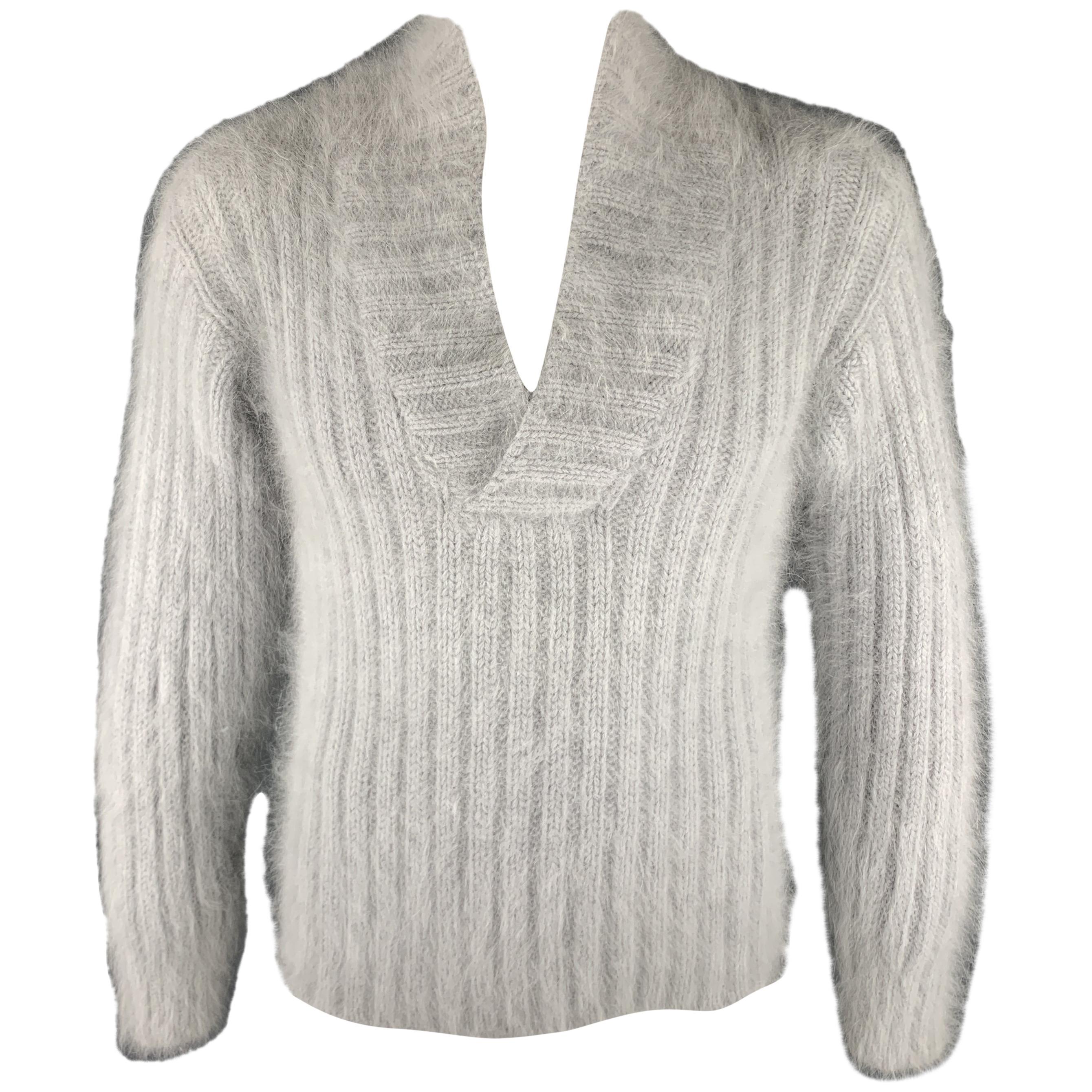 3b8423916 Vintage and Designer Sweaters - 1