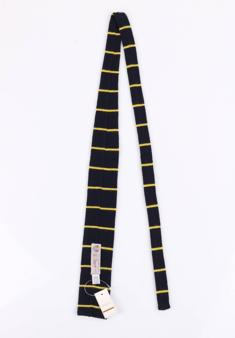 GUCCI c.1980's Navy Blue & Yellow Striped Wool Knit Necktie Tie NOS In New Condition For Sale In Thiensville, WI