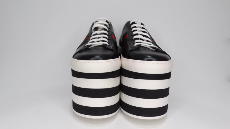 Gucci Calf Leather Wedge Sneakers In Good Condition For Sale In Scottsdale, AZ