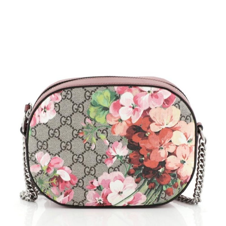 Gucci Chain Crossbody Bag Blooms Print GG Coated Canvas Mini In Good Condition For Sale In New York, NY