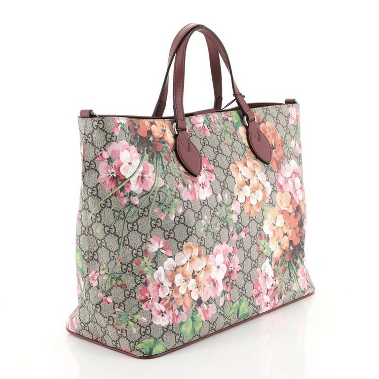 Beige Gucci Convertible Soft Tote Blooms Print GG Coated Canvas Medium For Sale