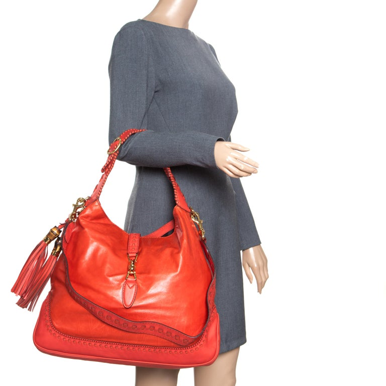 Gucci Coral Red Leather Large New Jackie Hobo In Good Condition For Sale In Dubai, Al Qouz 2