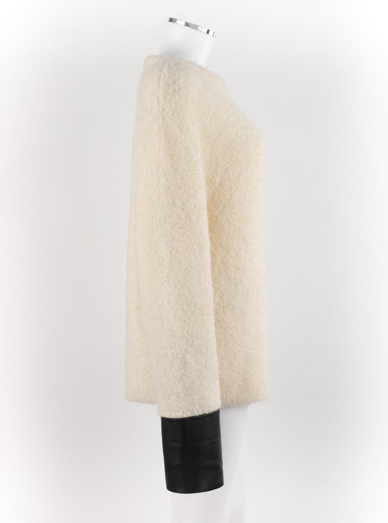 GUCCI Cream Boucle Alpaca Wool Knit Leather Cuffs Oversize Pullover Sweater For Sale 1