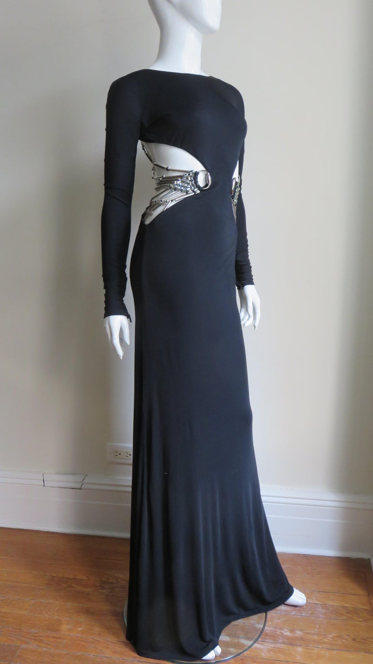 Gucci Cut out Gown with Crystal Embellished Hardware Drapery For Sale 5