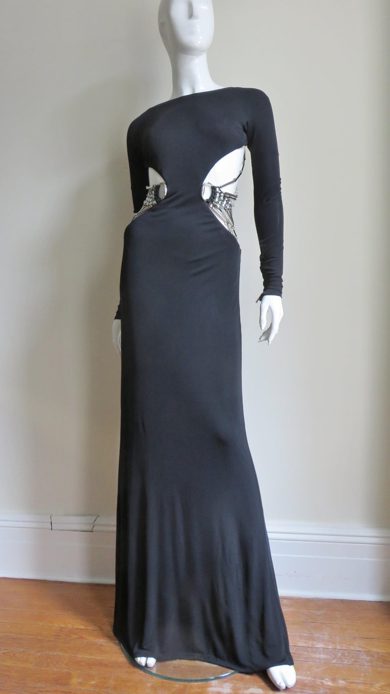 Gucci Cut out Gown with Crystal Embellished Hardware Drapery For Sale 6