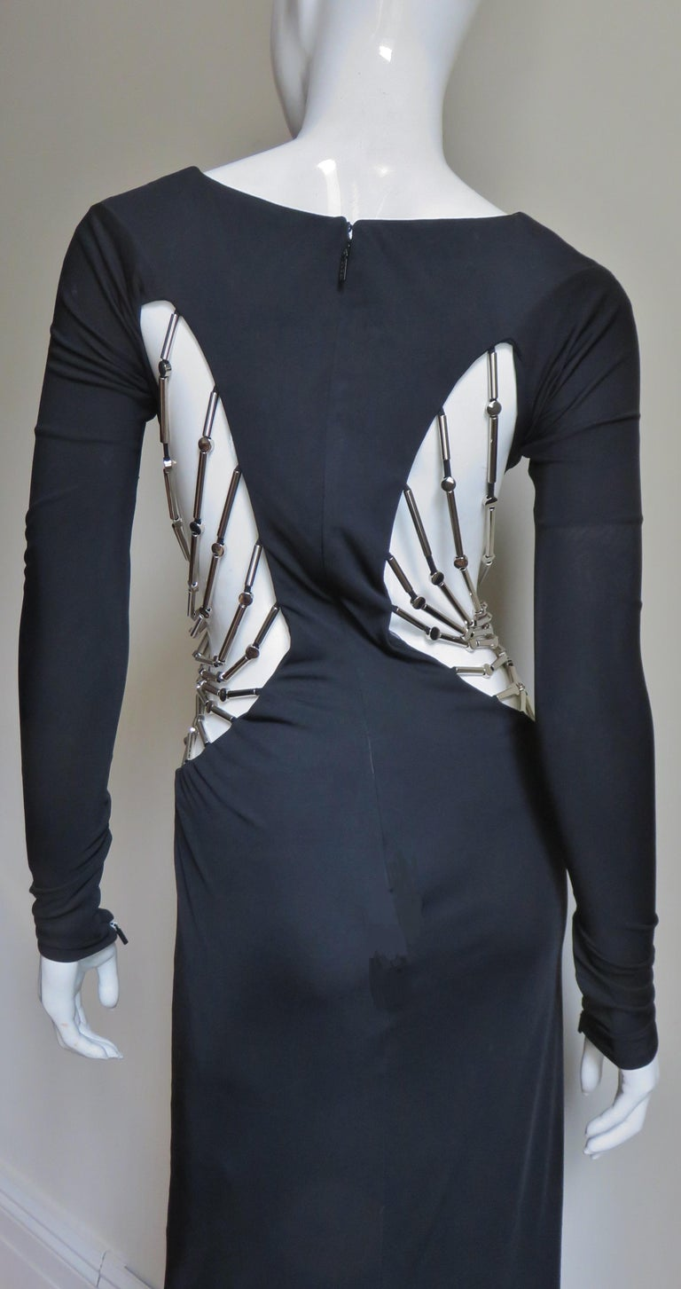 Gucci Cut out Gown with Crystal Embellished Hardware Drapery For Sale 8