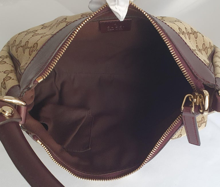 Women's Gucci, D-ring Hobo in brown canvas For Sale