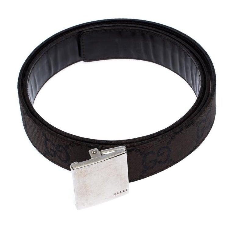 Gucci Dark Brown GG Fabric Logo Plague Buckle Belt 90CM In Good Condition For Sale In Dubai, Al Qouz 2