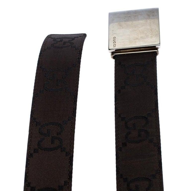Women's Gucci Dark Brown GG Fabric Logo Plague Buckle Belt 90CM For Sale