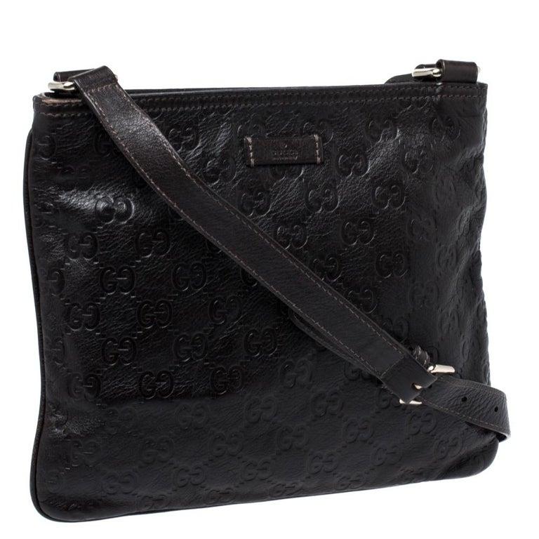 Gucci Dark Brown Guccissima Leather Crossbody Bag In Good Condition For Sale In Dubai, Al Qouz 2