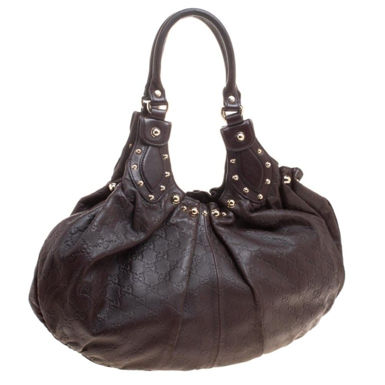 Gucci Dark Brown Guccissima Leather Medium Pelham Studded Hobo In Good Condition For Sale In Dubai, Al Qouz 2