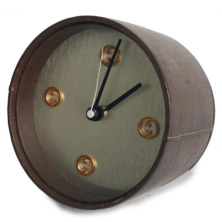 Gucci Desk Clock Pigskin Leather Vintage 80s Home Decor Interior Design  For Sale 2
