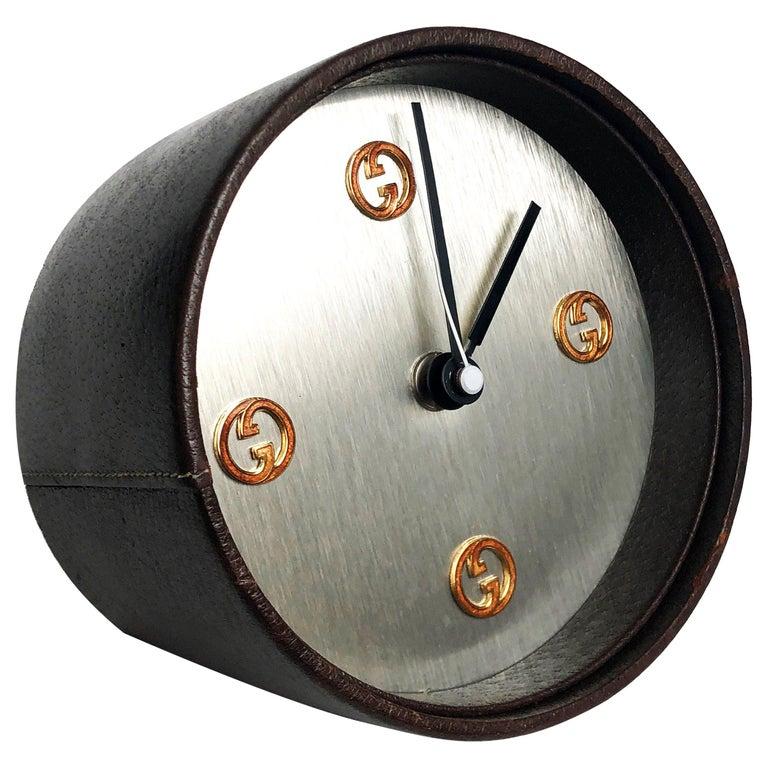 Gucci Desk Clock Pigskin Leather Vintage 80s Home Decor Interior Design  For Sale