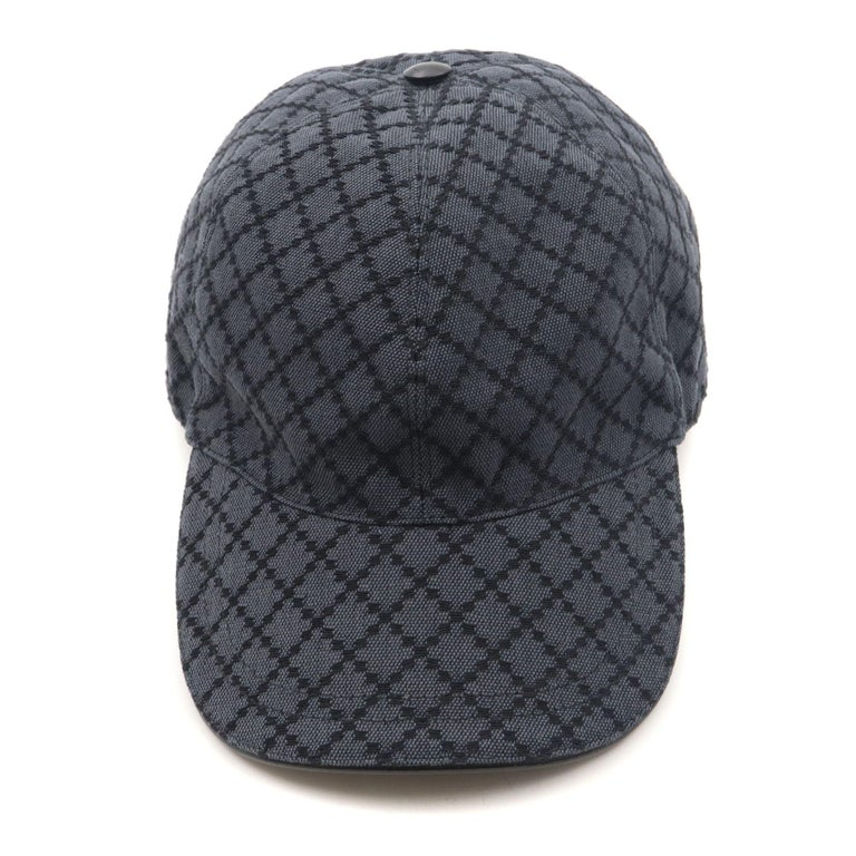 Gucci men's Diamante pattern baseball hat. New with tags.  Made of cotton and acrylic Leather adjustable strap and accents Side grommet venting Hook and loop adjustable closure Model; 200035 Size XL Made in Italy
