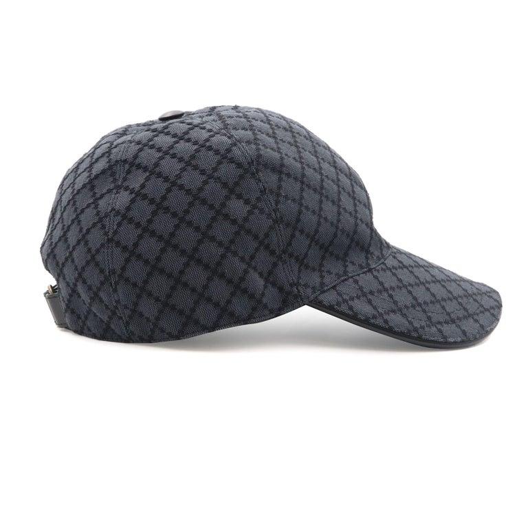 Gucci Diamante Gray / Black  Men's Baseball Hat XL For Sale 1