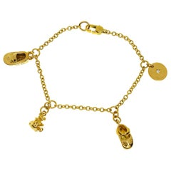 Gucci Diamond 18 Karat Yellow Gold Charm Motif Bracelet