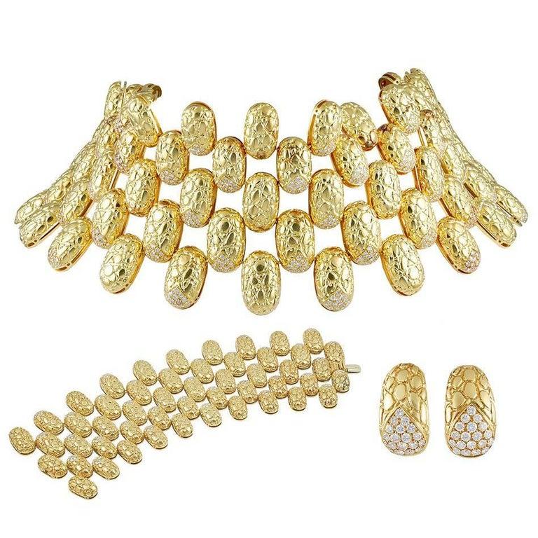 Gucci Diamond Gold Suite Necklace