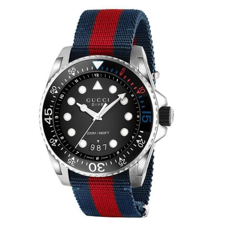 2868e353640 Gucci GG2570 Blue Dial Blue and Red Nylon Men s Watch Item No. YA142304 For  Sale at 1stdibs
