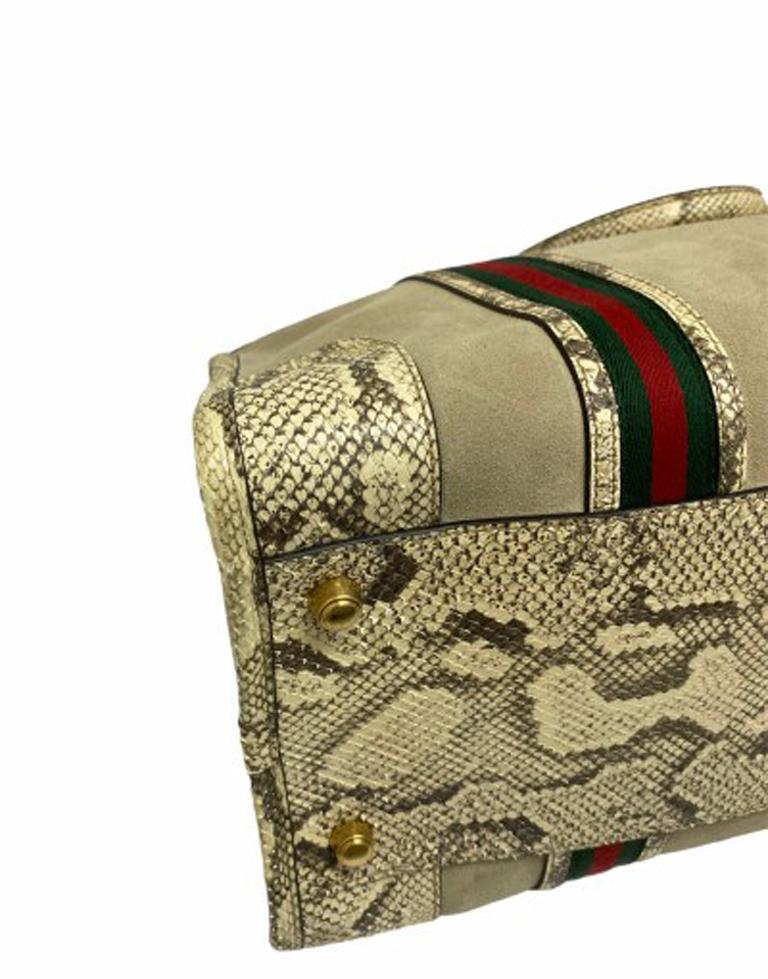 Gucci Duffle Travel Bag in Beige Suede with Python and Golden Hardware For Sale 4