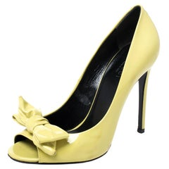 Gucci Electric Lime Green Patent Leather Bow Peep Toe Pumps Size 37.5