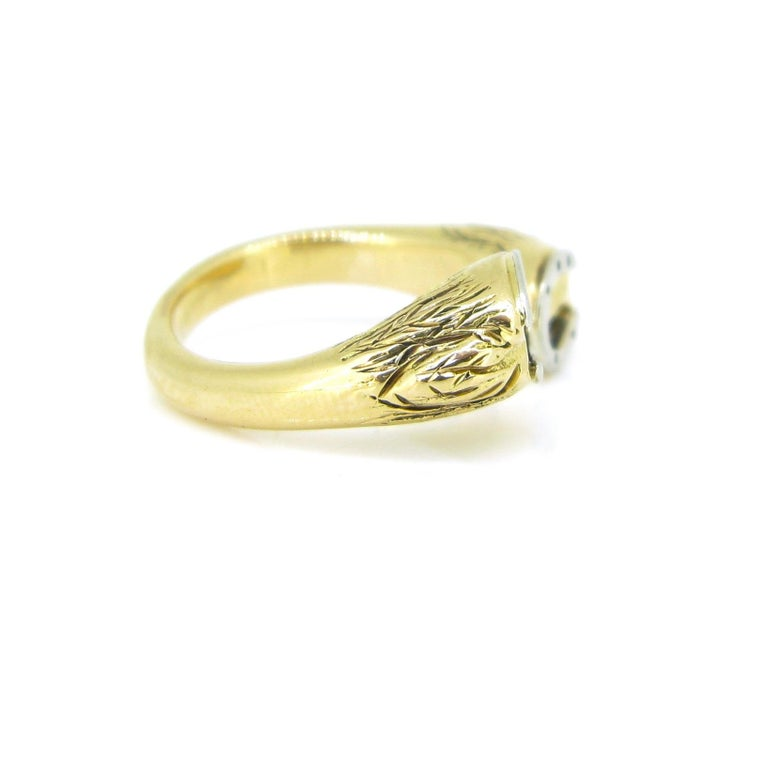 Gucci Equestrian Horseshoe Yellow White Gold Fashion Ring In Good Condition For Sale In London, GB