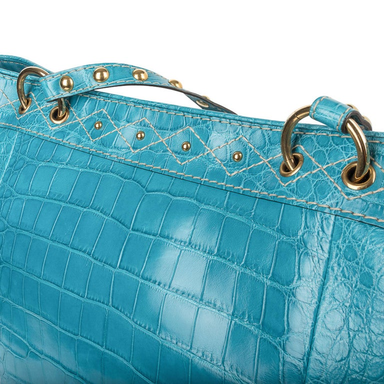 Gucci Exclusive Limited Edition Turquoise Crocodile Irina Tote Bag New For Sale 5